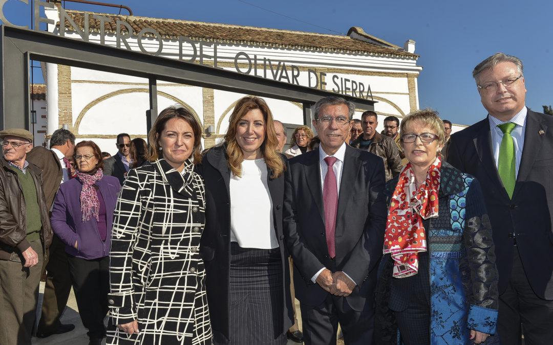 Inauguración del Centro del Olivar de Sierra 1